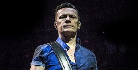 Larry Mullen Biography – Facts, Childhood, Family Life