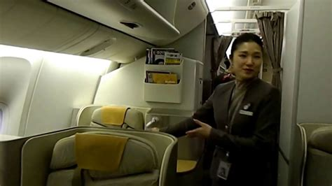 Boarding the Asiana Airlines Flight 214 Boeing 777